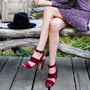 Madewell Octavia Sandals In Cabernet Suede 9